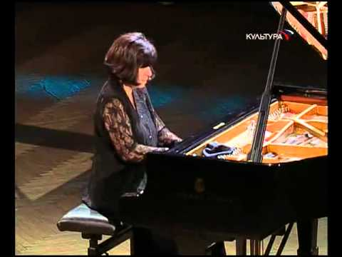 Eliso Virsaladze plays Schubert, Schumann, Liszt - video 2007
