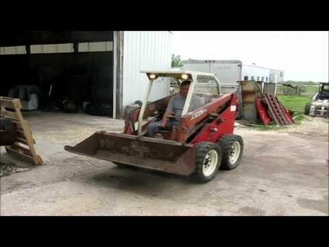 Gehl 2600 skid steer for sale   sold at auction April 25, 2012