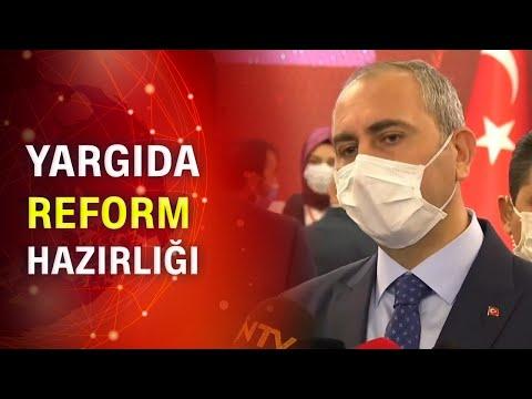 Adalet bakanı Abdulhamit Gül açıklama yapıyor