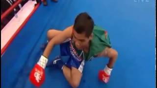 Hilarious Thai Boxer Trolls Opponent from Start to Finish
