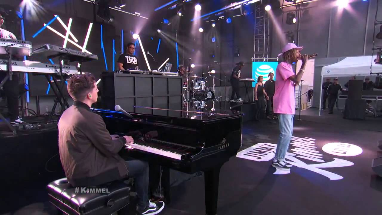 Download Wiz Khalifa ft  Charlie Puth Performs 'See You Again' Live Performance Version