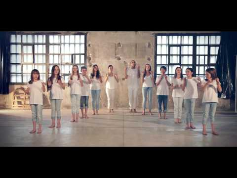 Your tribe speaks English_body percussion