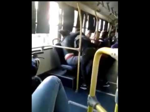 Tres mujeres en el autobús 2