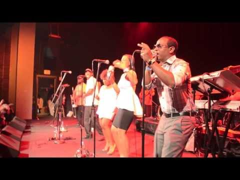 Suttle Thoughts at The Howard Theatre