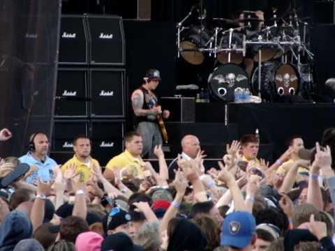 Avenged Sevenfold Beast And The Harlot Live Rock On Range 2009 05 17