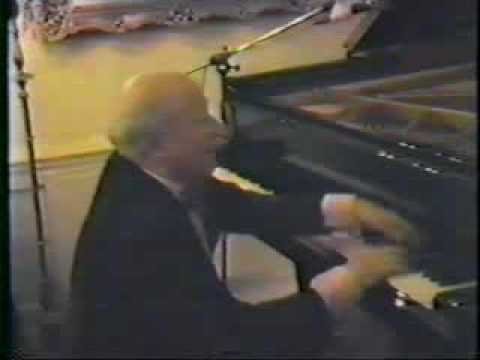 LISZT  Concert Etude No 2  (Louis Kentner, pianist)