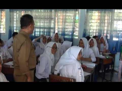 6 Siswa Korban Gempa Bersekolah di Makassar
