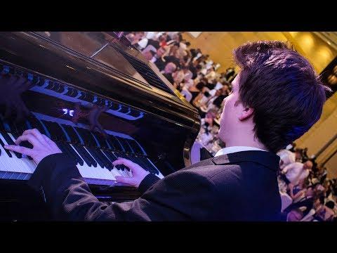 Perfect - Ed Sheeran (Live at Ball of the City) by Peter Buka