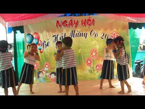 Thiên Linh múa 20/11/2013 (Con Gà gáy le te)
