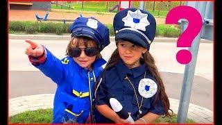 Super cops catch criminal Makar and Anna pretend play Policeman