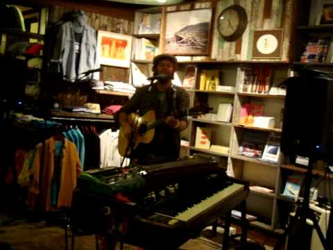 Neil Halstead -- Spin the Bottle [15/15] LIVE at Mollusk Surf Shop, Venice Beach CA 5-8-2012