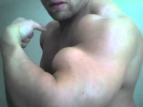 Muscle worship cam