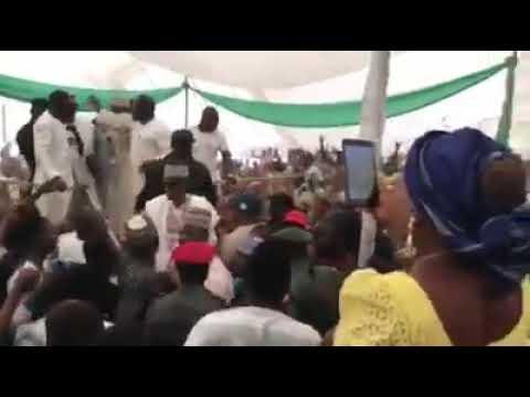 """Ilorin Kwara State: @ Saraki's rally, the electorate can be heard shouting """"ole"""""""