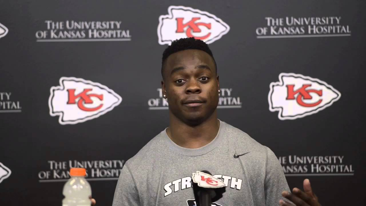 Chiefs release wide receiver Jeremy Maclin in surprise move