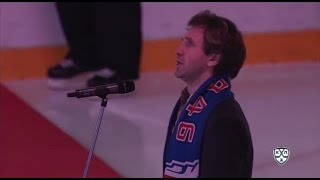 Александр Рагулин исполняет гимн России