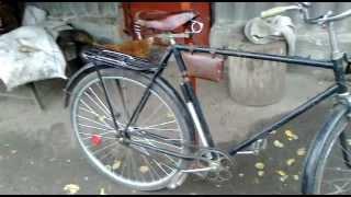 Видеообзор велосипеда Украина / Video review of the bike Ukraine(осмотр моего велика в селе., 2012-10-31T14:43:24.000Z)