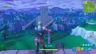Fortnite Giant guy flossing Vs default skin flossing