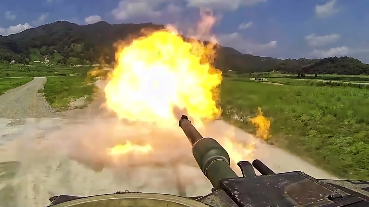Awesome Video: US Military M1 Abrams Tank Live Fire