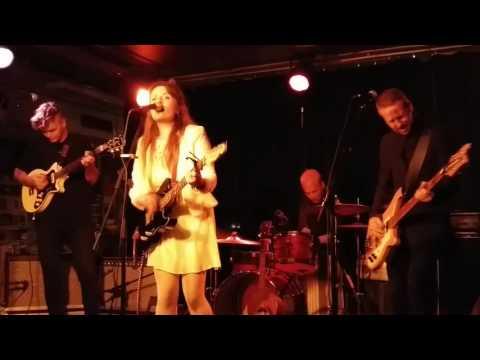 Ellen Sundberg - Lay Down / Live at Folk å Rock, Malmö, Sweden 22.9.2016