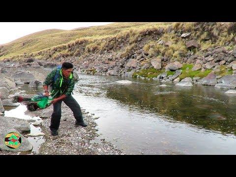Pescador PESCA TRUCHAS DE RÍO