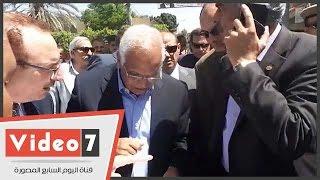 بالفيديو.. وزير النقل يتفقد الموقع المقترح لإنشاء محور عدلى منصور فى بنى سويف