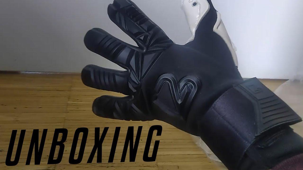 TEASER AND UNBOXING: B2 gk gloves | 4GKs