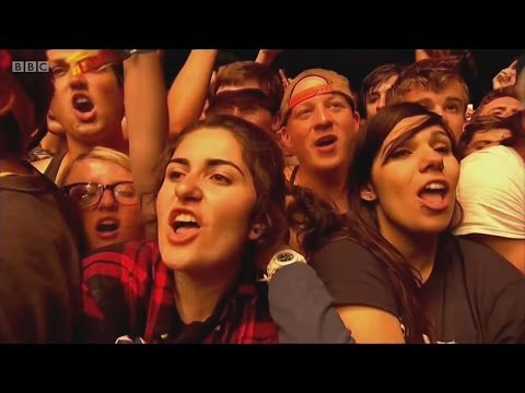 Blink 182 - First Date live (2014, Reading Festival)