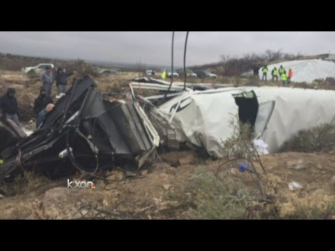 10 killed in West Texas prison bus wreck with train