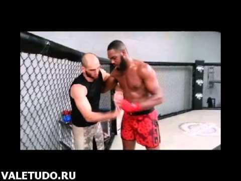Адлан Амагов тренируется с Джоном Джонсом ValeTudo.ru