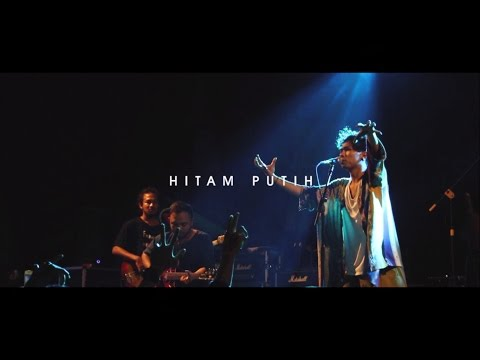 Fourtwnty - Hitam Putih (Live At Sunday O' Fever , Malang)
