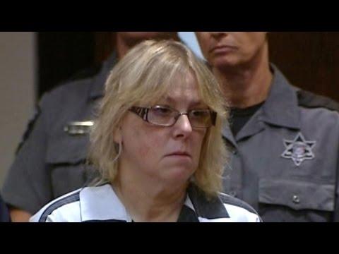 Joyce Mitchell cuts plea deal for role in New York prison break