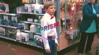 Remix niño cantando en supermercado/ Walmart yodeling kid remix