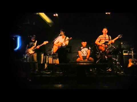 Supernova - Fix You (acoustic at Wala Wala)