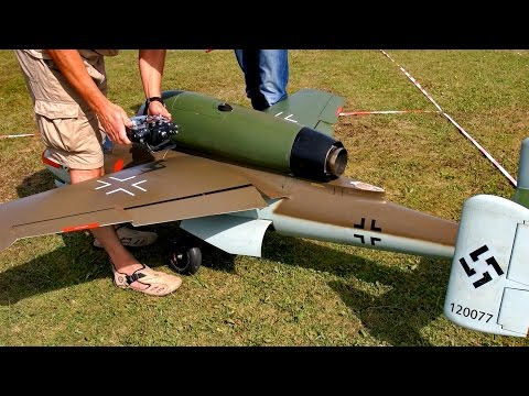 HEINKEL HE-162 VOLKSJÄGER SCALE RC TURBINE MODEL JET DEMO FLIGHT / Euroflugtag Rheidt 2016