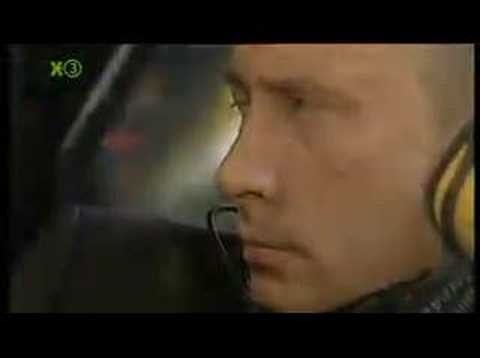 "extra3 -  ""Putin Kampfschlumpf"" [06.12.2007]"