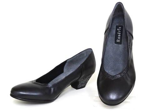 甲薄さんの快適シューズ・カクテル・ローヒール安定型の靴