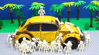 Transformers stop motion - Optimus Prime vs Bumblebee Robot Adventure Vampire & Lego Skeleton Attack