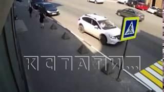 Доходный симбиоз - дорожники вешают новые знаки, а эвакуаторщики забирают из под них машины