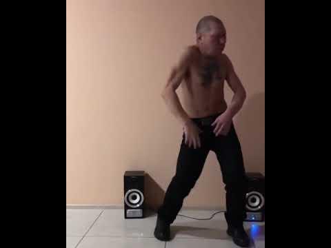 монгол танцует