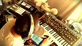 Moog Sub 37 x Maschine x Omnisphere: Cloud 9