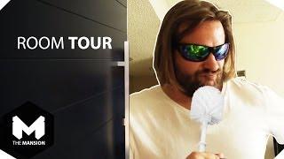 Room Tour: Gronkh und seine Klobürste thumbnail