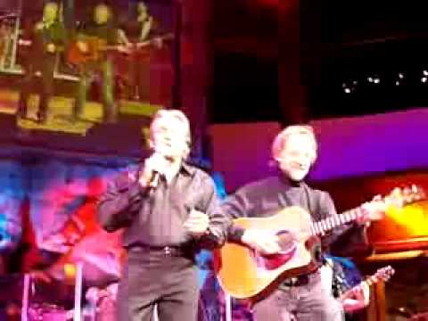 Davy Jones and Peter Tork Live at the Mohegan Sun!!