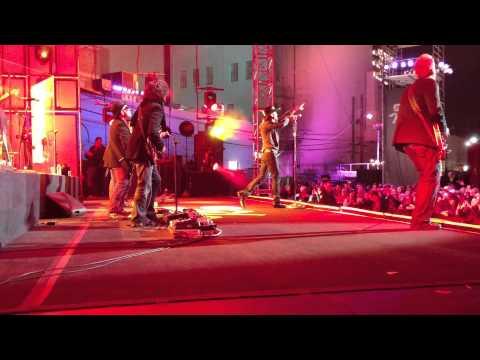 Backstage at Jimmy Kimmel LIve...Tim McGraw