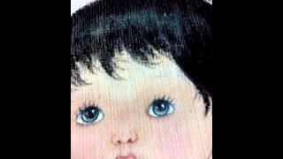 Como pintar cabelinhos preto em fraldas por Graça Camilo