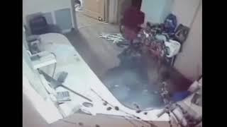 В Октябрьском районе неизвестный в маске напал на АЗС и избил сотрудницу