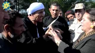 بالفيديو: نائب محافظ البحيرة تلتقى بأهالى قرية  عفونة بوادى النطرون المتضررين من السيول