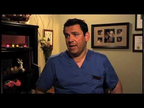 Las Vegas Periodontist Using Dental Implants To Secure Dentures, Las Vegas Office 702.562.9024