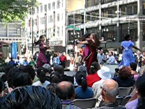 Bhangra Performance at Daley Plaza Chicago