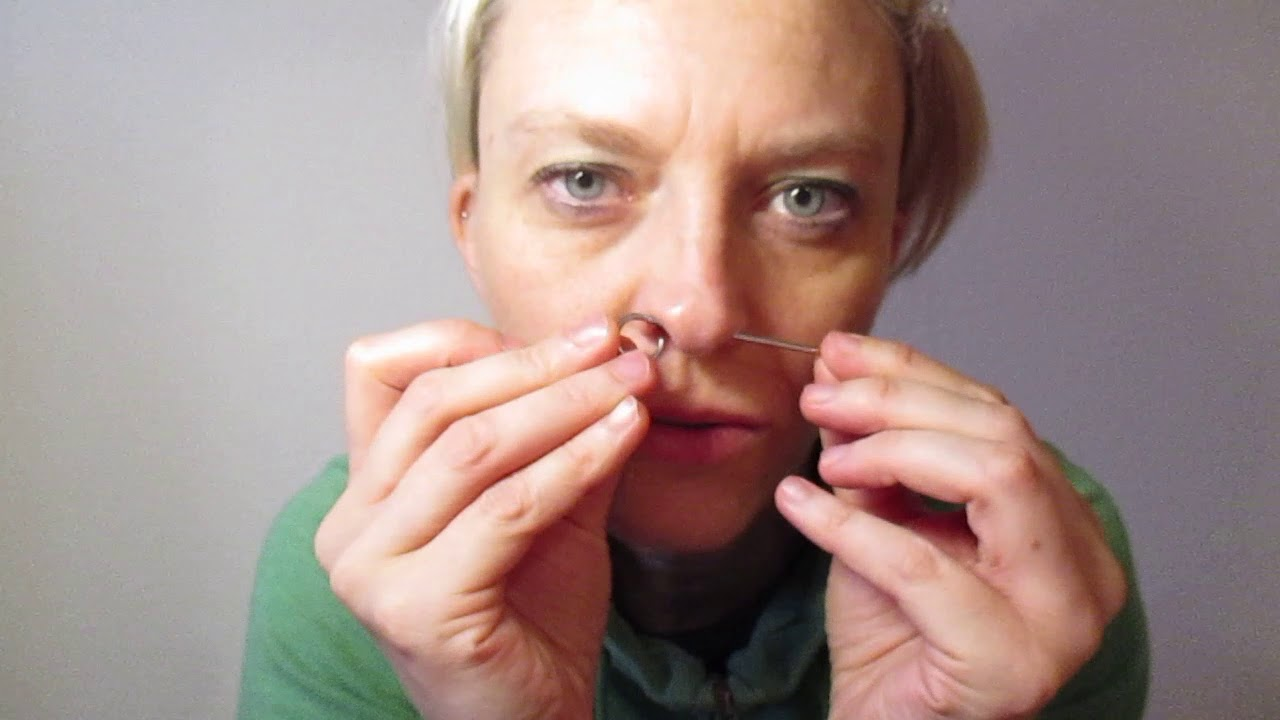 Stretching Septum 2,0 mm to 2,5 mm, big hole, nose, piercing, belly button