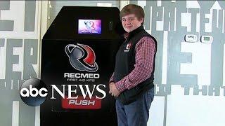 Die 14-Jährige Wirft $100K zu Schaffen, Erste-Hilfe-Automat